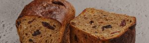How to bake this Rye Fruit Bread
